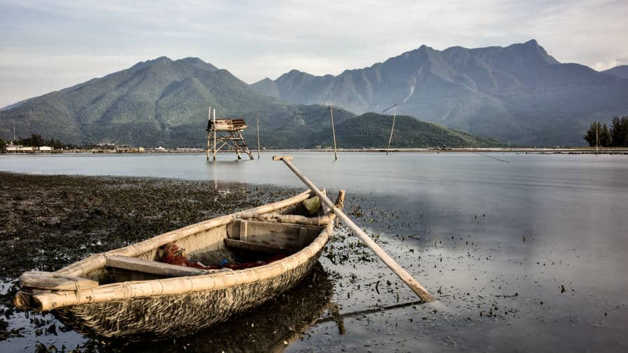lang co landscape with boat