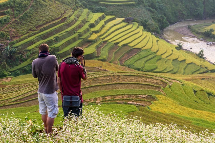 Taking landscape photos in Mu Cang Chai with Pics of Asia