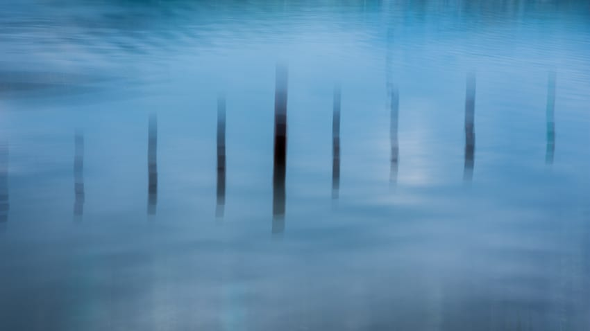 using intentional camera movement on a photography workshop with Pics of Asia. Copyright Janet Powick.