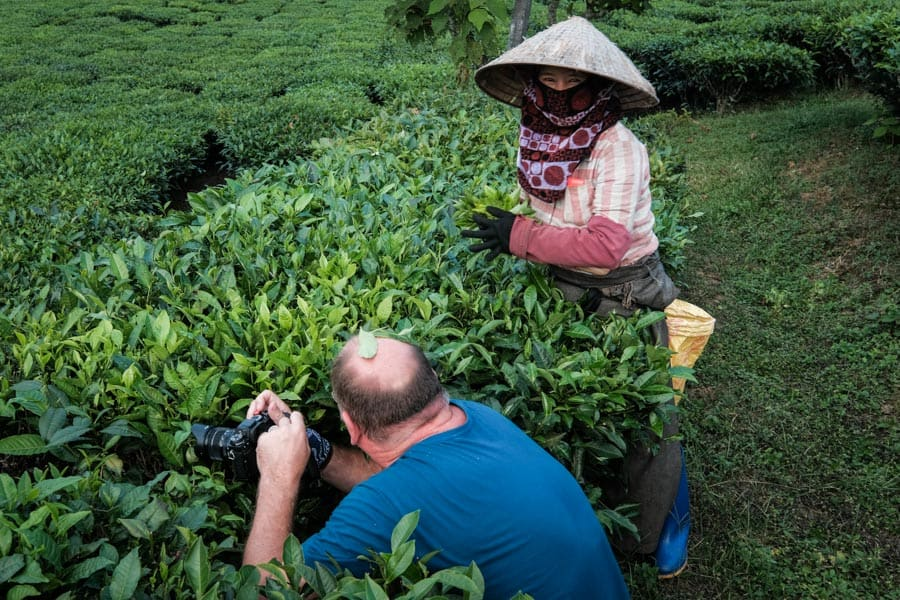 Photographer having fun in the tea plantations of Tan Uyen with Pics of Asia