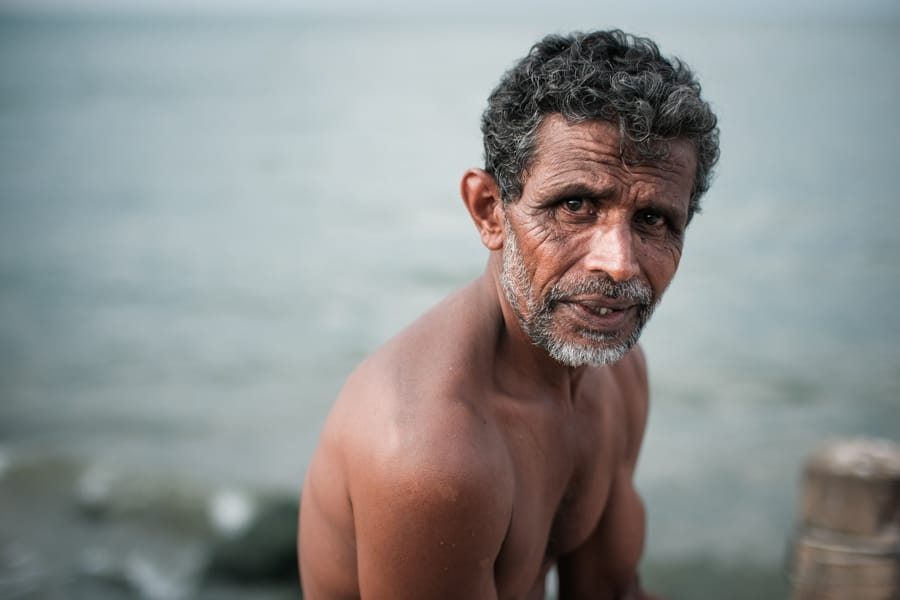 Taking portraits of people on a photography tour in Sri Lanka with Pics of Asia