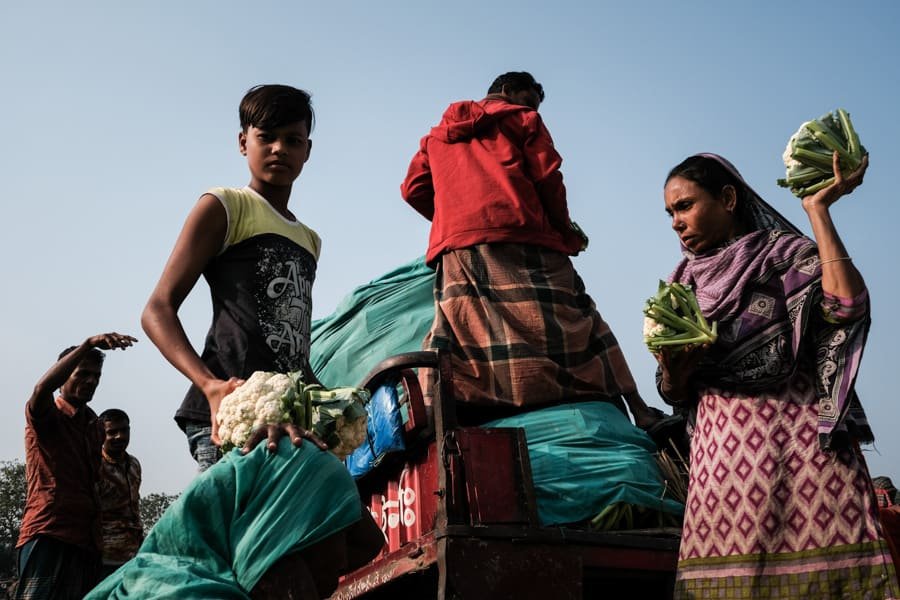 The vegetable market of Bogra captured with Pics of Asia